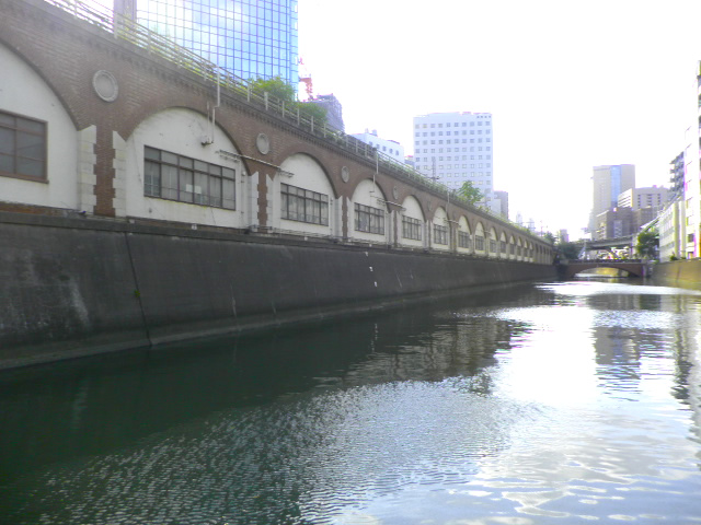 「旧万世橋駅遺構(赤レンガ高架橋)