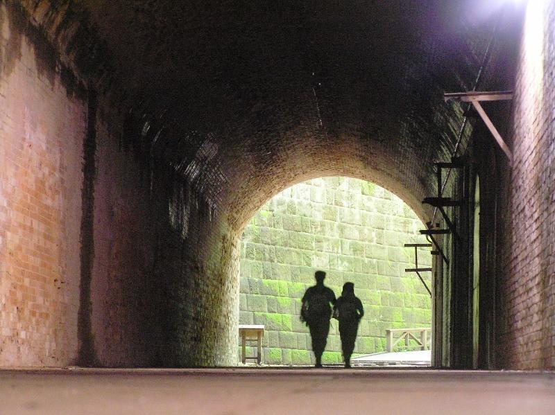 トンネル(切り通し)